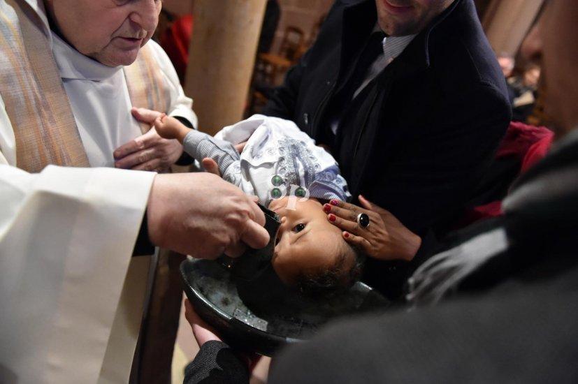 baptême à la Cathédrale de Strasbourg