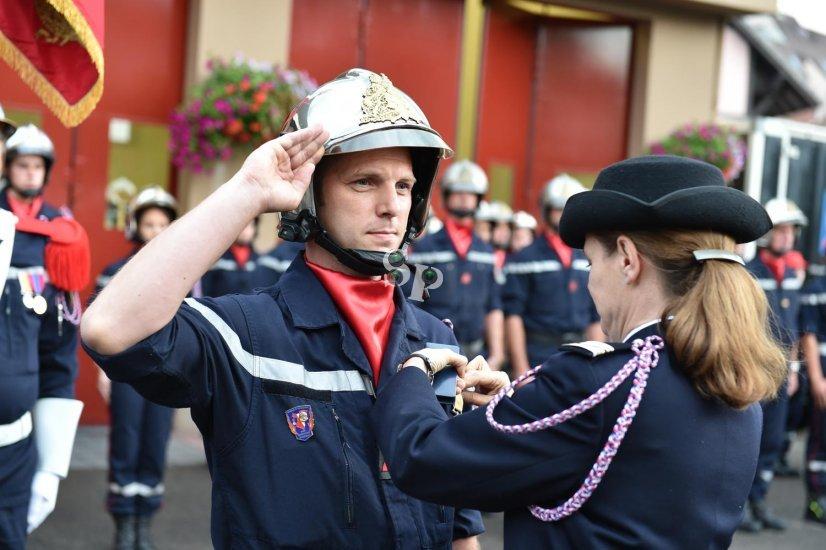 Remise de médailles aux pompiers