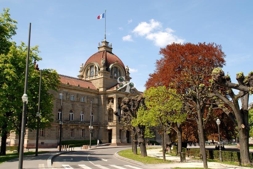 palais-du-rhin-(69)