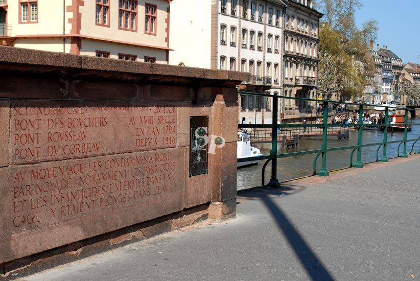 pont-du-corbeau-(5)