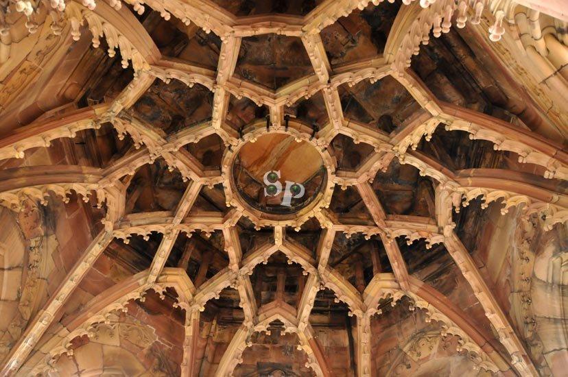 plafond de la tour de la cathédrale de Strasbourg