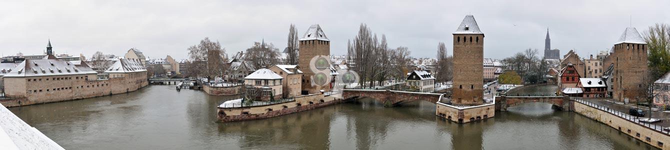 La Petite France de Strasbourg sous la neige